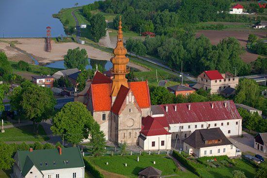 Koprzywnica - Klasztor Cystersow. EU, Pl, Swietokrzyskie. LOTNICZE.