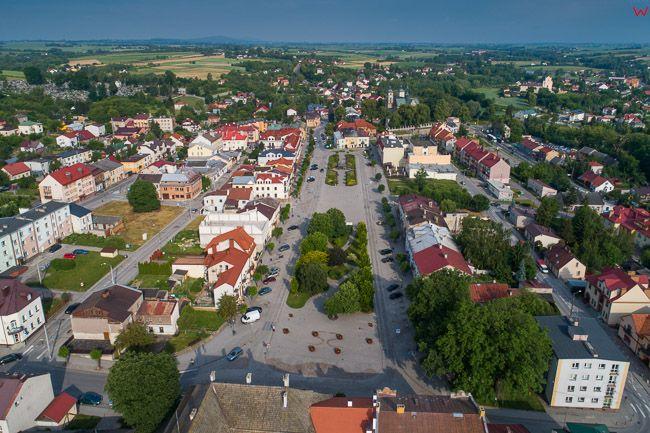 Opatow, Plac Obroncow Pokoju