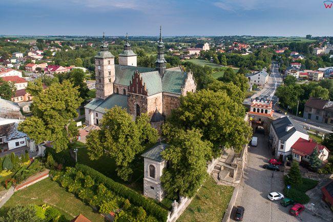 Opatow, kosciol parafialny