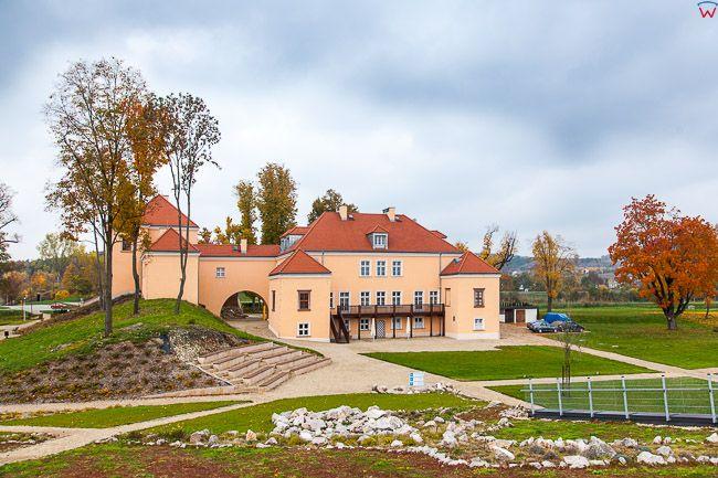 Podzamcze Checinskie, Dwor Obronny. EU, Pl, Swietokrzyskie.