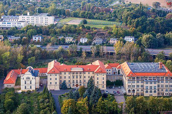 Gniezno, Budynek Seminarium Duchownego. EU, Pl, Wielkopolskie. Lotnicze.