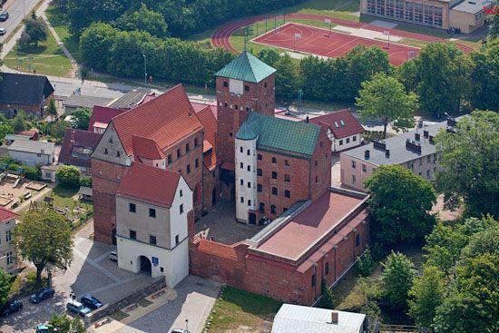 Zamek Ksiazat Pomorskich w Darlowie. EU, PL, Zachodniopomorskie. Lotnicze.