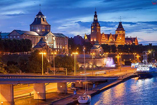 Szczecin, panorama na Waly Chrobrego. EU, Pl, Zachodniopomorskie.