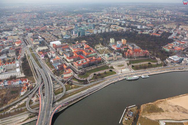 Szczecin, Waly Chrobrego. EU, PL, Zachodniopomorskie. Lotnicze.