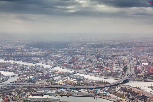 Szczecin, panorama przez Srodmiescie w strone Centrum miasta. EU, PL, Zachodniopomorskie. Lotnicze.