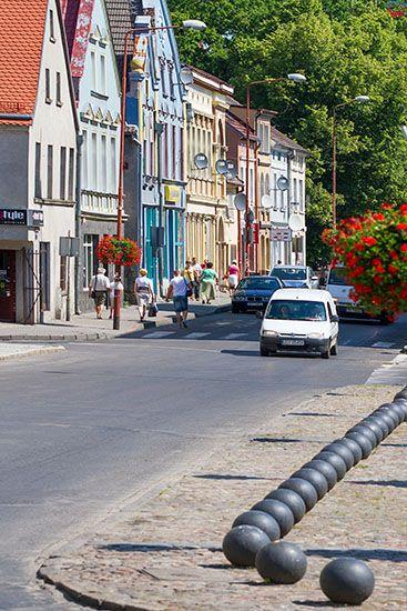 Trzebiatow, Panorama w strone ulicy Slowackiego od Ratusza. EU, PL, Zachodniopomorskie.