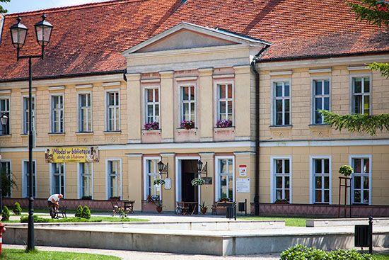 Trzebiatow, Palac, obecnie dom kultury. EU, Pl, Zachodniopomorskie.