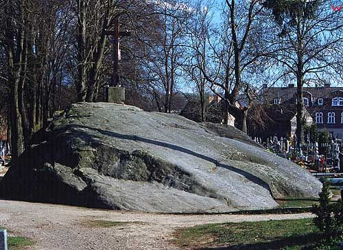 Głaz Narzutowy w Tychowie