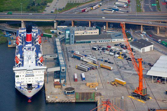 Port Gdynia. Stena Line przy Nabrzezu Helskim. EU, Pl, pomorskie. Lotnicze.
