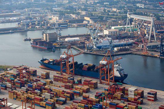 Port Gdynia. Gdynia Container Terminal (GCT). EU, Pl, pomorskie. Lotnicze.