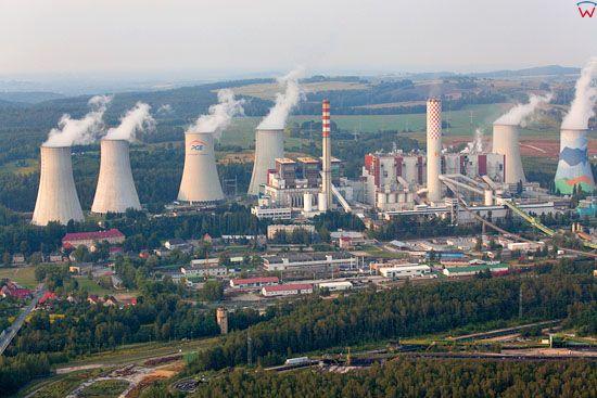 Elektrownia Turow. Widok od strony S. Dolnoslaskie. LOTNICZE. Europa/Polska