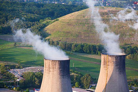 Laziska, elektrownia zasilana weglem kamiennym. EU, Slaskie. Lotnicze.