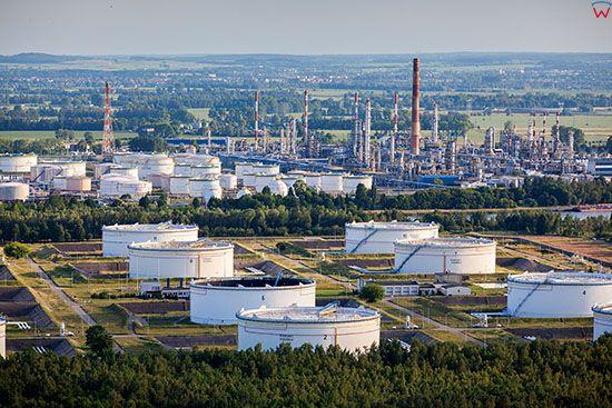 Gdansk, Rafineria Grupy Lotos. EU, PL, Pomorskie. Lotnicze.