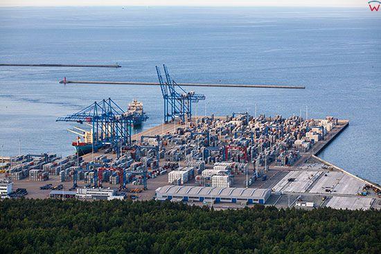 Gdansk, DTC - Terminal Kontenerowy w Porcie Polnocnym. EU, PL, Pomorskie. Lotnicze.