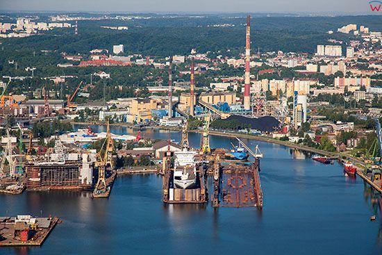 Gdansk, Stocznia Remontowa. EU, PL, Pomorskie. Lotnicze.