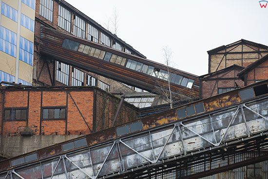 Walbrzych, 30.10.2014 r. ostatnie prace przed majacym nastapic otwarciem Centrum Nuki i Sztuki na terenie dawnej Kopalni Wegla Kamiennego Julia. EU, PL, Dolnoslaskie.