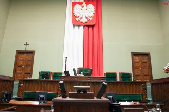 Sala Posiedzen Sejmu RP, Stol Prezydialny.