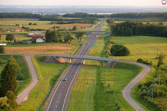 Droga E28 do przejĹ›cia granicznego Grzechotki - Mamonowo na odcinku elblaskim. EU, Pl, Warm-Maz. LOTNICZE.