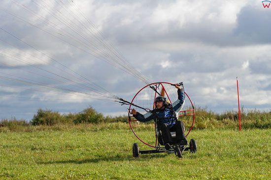 Motoparalotniarz w trakcie staru, 28.09.2013. EU, PL, Warm-Maz.