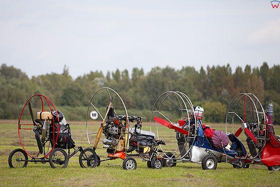 Plock, 30.08.2014 r. lotnisko AZM. Zawody Polskiej Ligi Motoparalotniowej.