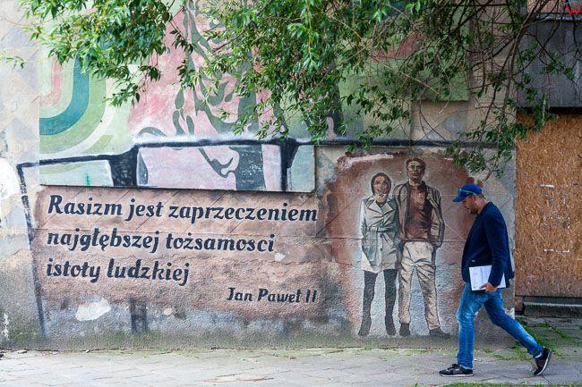Bialystok, murale przy ul. Zwyciestwa. EU, PL, Podlaskie.