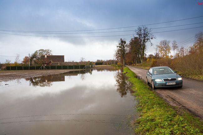 Lisiak, pow. bartoszycki. Jesienne opady deszczu spowodowaly lokalne podtopienia, 03.11.2017.. EU, PL, warm-maz
