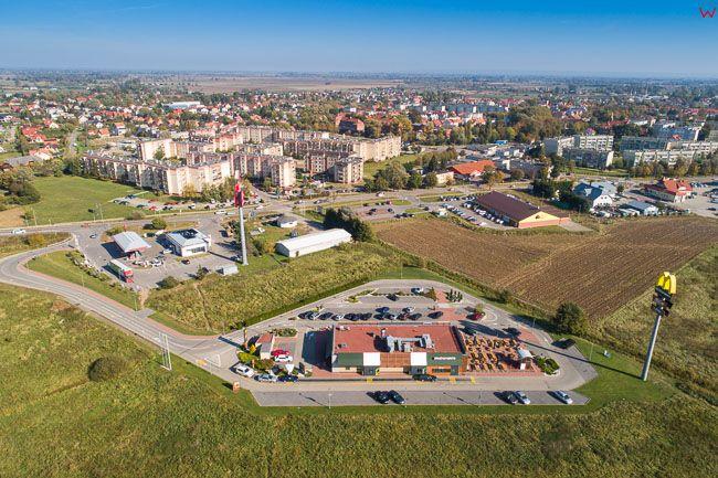 Nowy Dwor Gdanski, 06.10.2018 r. McDonalds i stacja Orlen przy drodze nr 7 EU, PL, Pomorskie, Lotnicze