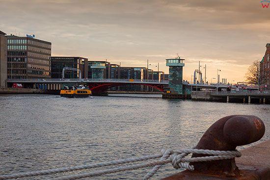 Kopenhaga (Dania). Panorama z Havnepromenade na Knippel Bridge