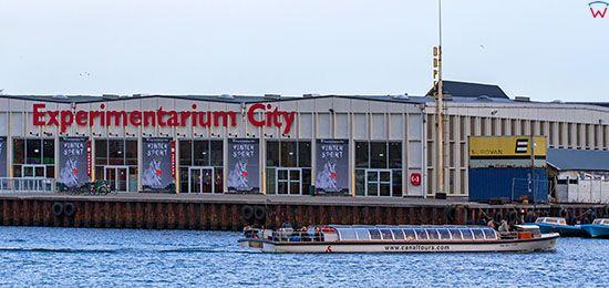 Kopenhaga (Dania). Experimentarium City nad glownym kanalem miasta