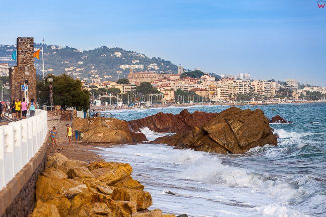 Cannes, (Francja) 14.09.2015 r. Boulevard du Midi nad Lazurowym Wybrzezem.