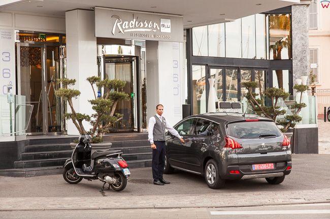 Cannes, (Francja) 14.09.2015 r. hotel Radisson przy Rue du Port