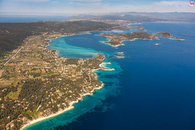 Grecja, Polwysep Chalcydycki - Sithonia peninsula. Zatoka Siggitikos Gulf. EU, PL, Lotnicze