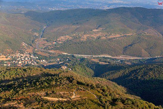 Apeniny, okolica Pallazo del Pero.  EU, Italia, Toskania. LOTNICZE.