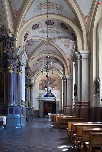 Litwa-Kowno (Kaunas). Wnętrze archikatedry Piotra i Pawła.
