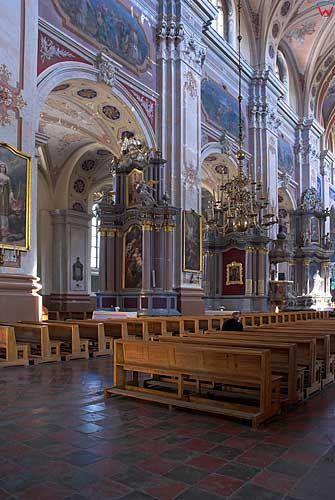 Litwa-Kowno (Kaunas). Wnętrze katerdy Piotra i Pawała.