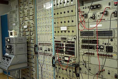 Litwa-Kowno (Kaunas). Muzeum Łączności i Telekomunikacji przy rynku.