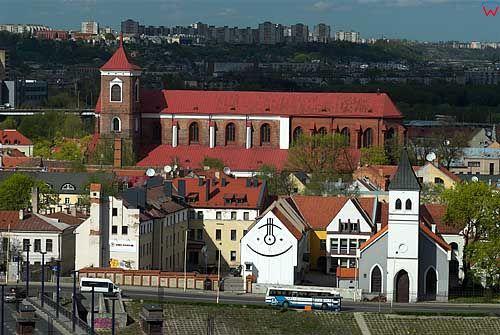 Litwa-Kowno (Kaunas). katedra, panorama miasta ze wzgórza Aleksotas.