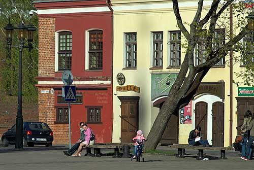 Litwa-Kowno (Kaunas). Kamienice przy rynku.