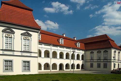 Litwa-Wilno. Litewskie Muzeum Kina i Teatru przy ul. Wileńskiej.