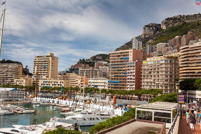 Monaco, 15.09.2015 r. panorama na Port Hercule i Boulevard Albert Jer.