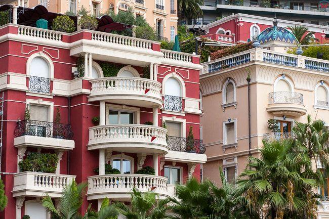 Monaco, 15.09.2015 r. Apartamentowce w centrum.