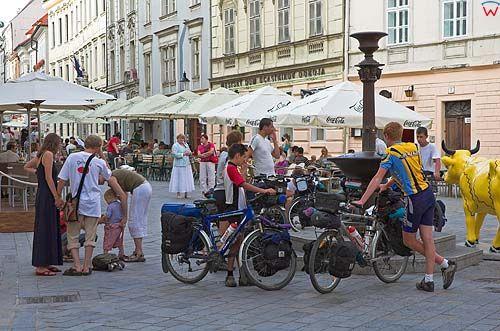 Bratysława, turyści na starówce