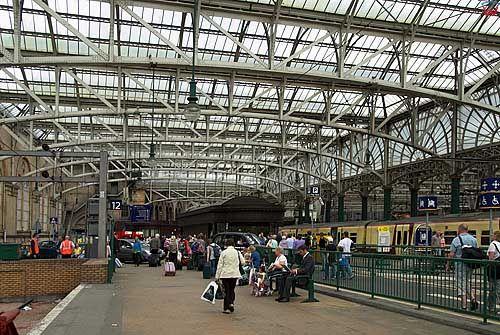 Szkocja-Glasgow. Dworzec kolejowy.
