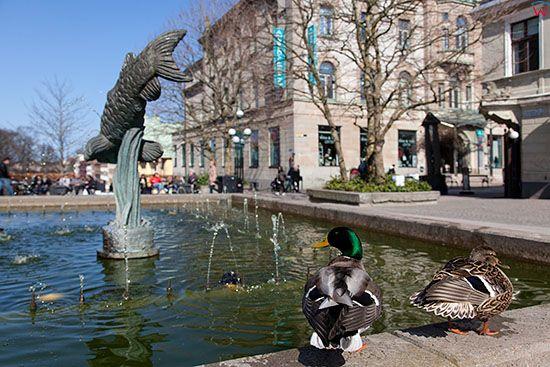 Karlskrona, fontana na Square of Klapeida. EU, Szwecja.