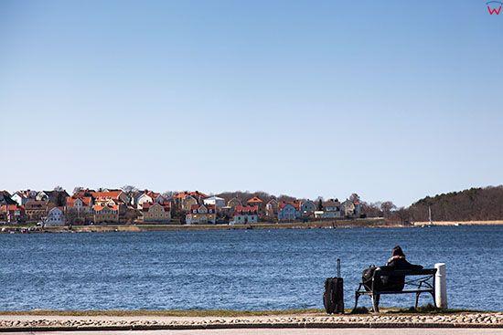 Karlskrona, zatoka w centrum widoczna od strony ulicy Borgmastarekajen. EU, Szwecja.