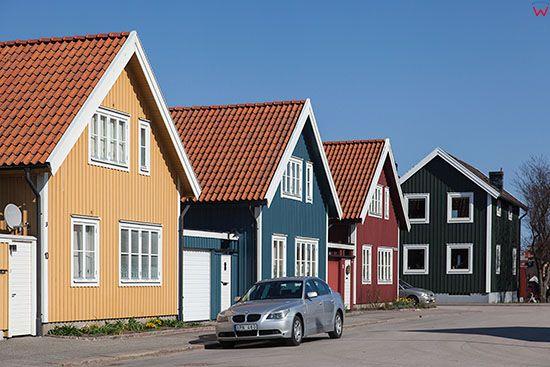 Karlskrona, male domy w dzielnicy Björkholmen ulica Vachtmeistergatan. EU, Szwecja.