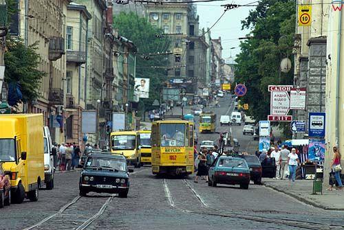 Lwów. Ruch uliczny przy ul. Horodockiej.