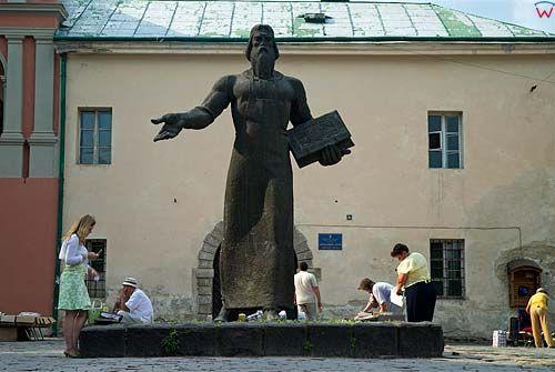 Lwów. Pomnik Iwana Fedorowa.