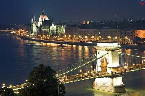 Budapeszt, most Łańcuchowy, parlament