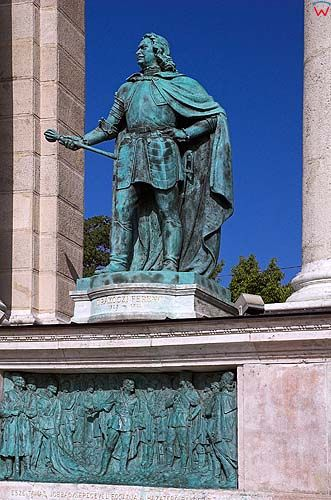Budapeszt. Figury na pomniku milenium